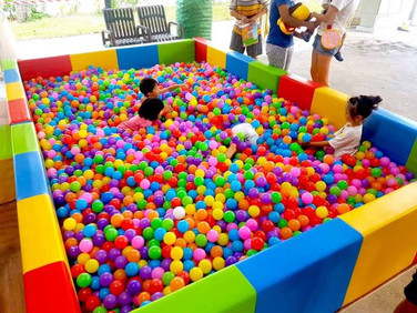 Rent-Giant-Ball-Pit-in-Singapore.jpg