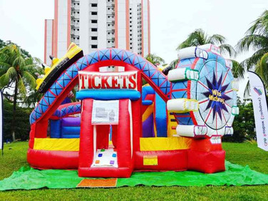 Carnival-Theme-Park-Bouncing-Castle.jpg