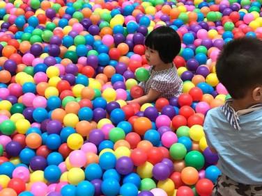 Giant-Ball-Pool-Singapore.jpg