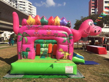 Dino-world-Bouncy-Castle.jpg