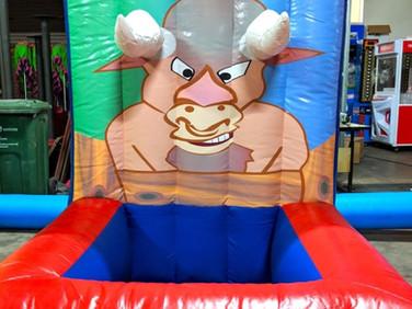 Bull-Horn-Toss-Carnival-Game-Stall.jpg