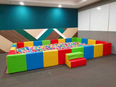 Large-Colouful-Ball-Pool-for-Rent.jpg