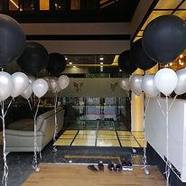 helium balloon decoration singapore.jpg