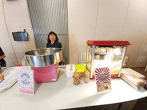 popcorn and candyfloss live station sing