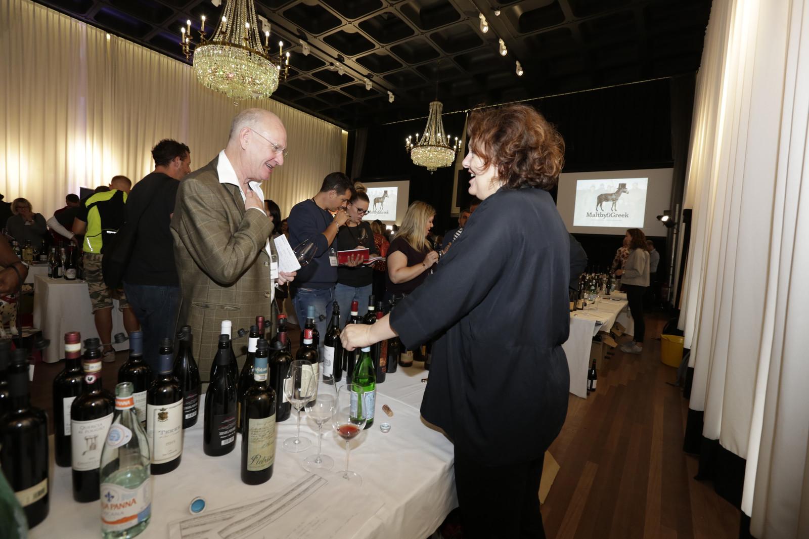 Wine Tasting | The Dirty Dozen Tasting