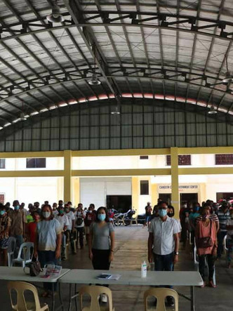 96 former NPA supporters receive livelihood assistance from Candon City