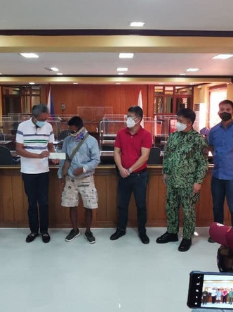 24 FRs receive Php1.56M E-CLIP assistance in Aurora