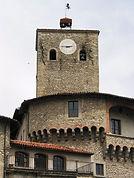 rocca_torre_orologio.jpg