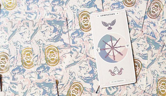 Review: Arcana Iris Sacra Tarot