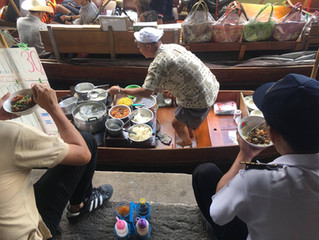 """Der """"Schwimmende Markt"""" in Damnoen Saduak"""
