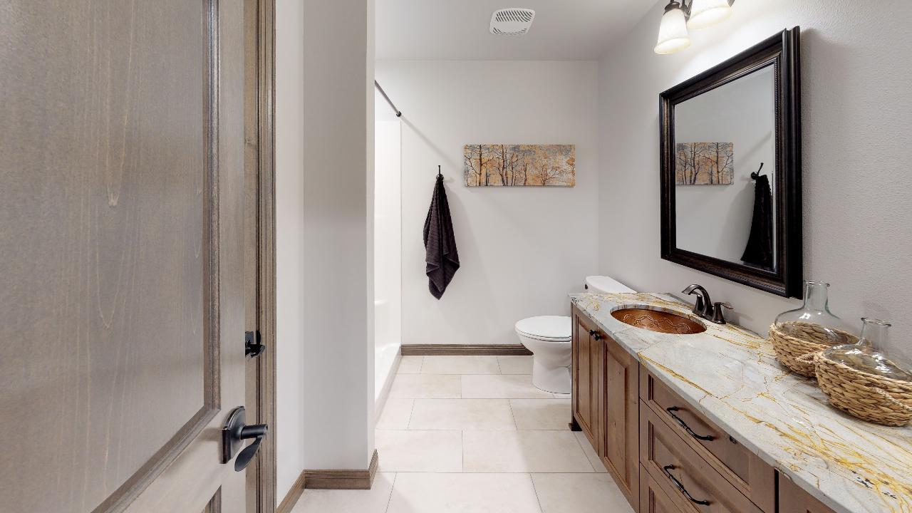 2217-34th-Avenue-SE-Bathroom(2).jpg