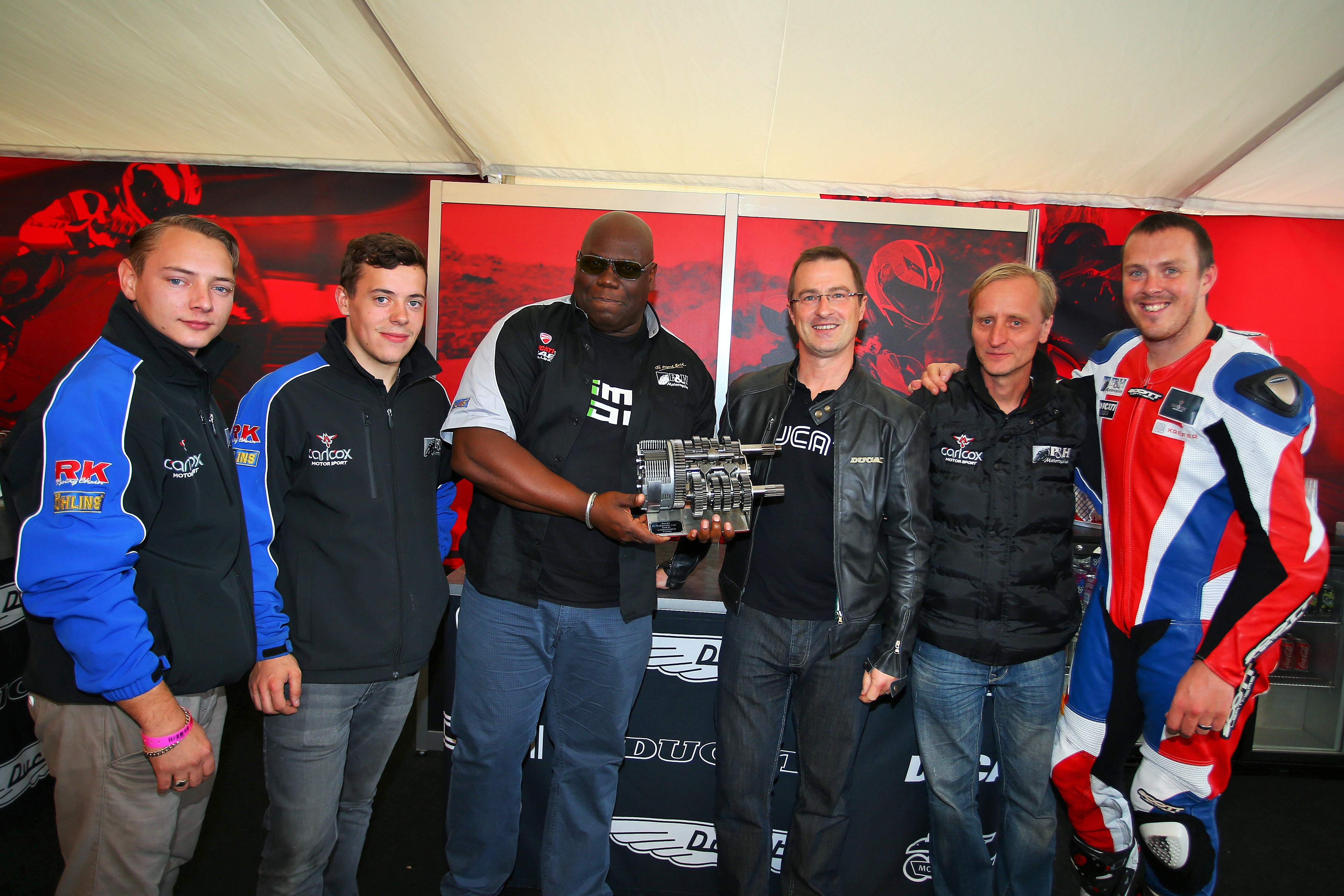 P&H-Motorcycles-win-the-Ducati-Trioptions-Cup-team-award.JPG