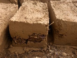 7000 grosses briques renforcées