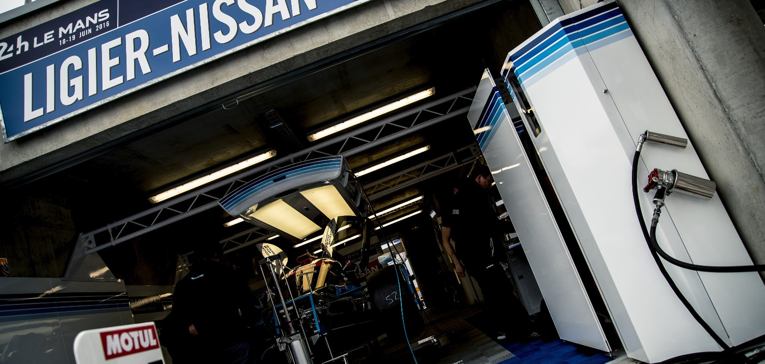Lemans pit garage complete solutions