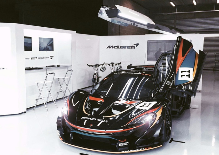 Throw back to an old project for the Mclaren P1 GTR driver days