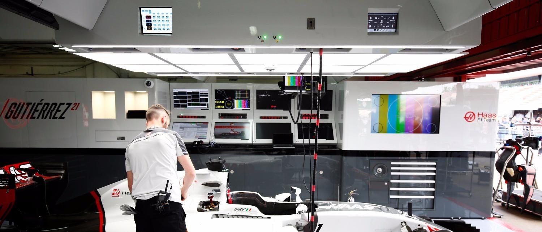 Haas F1 Garage equipment