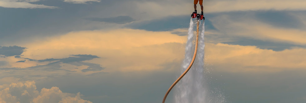 Fotografia FlyBoard, jetpack na água - Photography FlyBoard, jetpack in water. byKcris Ramos