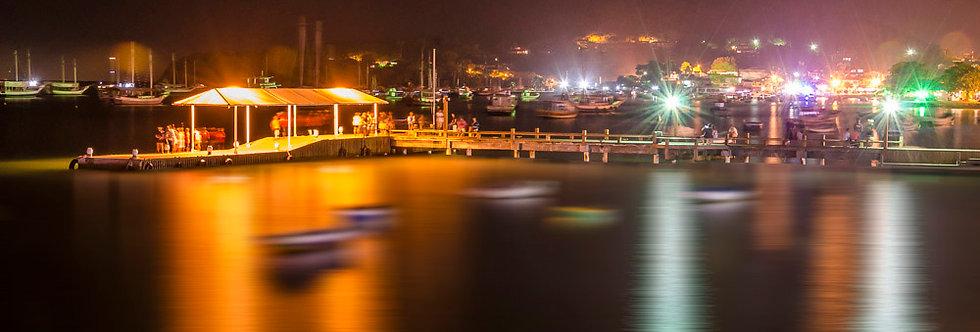 Fotografia Búzios e suas luzes noturnas - Photography Búzios and its night light by Kcris Ramos