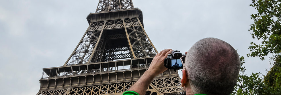 Quadro O Fotografo e a Torre - Frame The Photographer and the Tower by Kcris Ramos