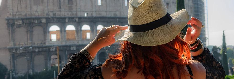 Quadro Posando para o Colosseo - Picture Posing for the Colosseo by Kcris Ramos