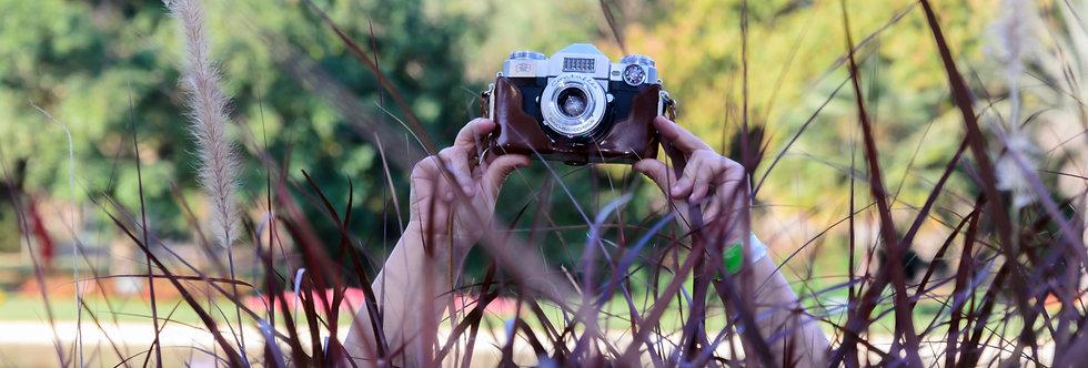 Quadro Nas mãos dela - Picture in her hands by Kcris Ramos