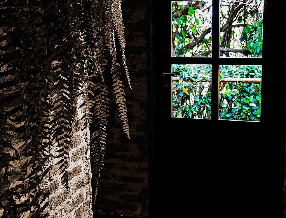 Fine art Luzes na porta - Lights on the door by Kcris Ramos