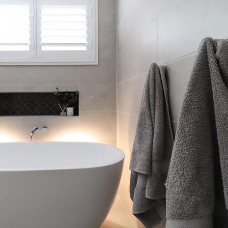 SOUTHLEIGH bath (1 of 1).jpg