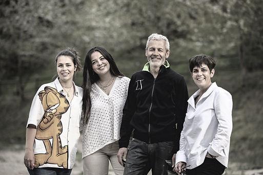 ELVIRA, TERESA, DIONI Y ELENA_edited.jpg