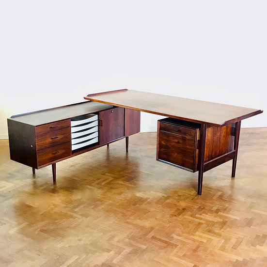 Arne Vodder desk Sibast model 208