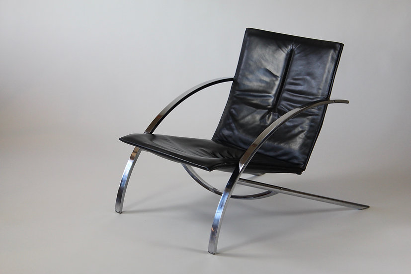 Paul Tuttle Arca chair Strässle International
