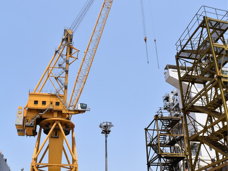 New modern cranes at Drydocks World Dubai