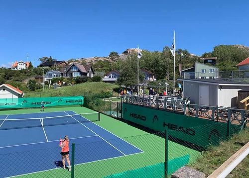 Tennisbanan.jpg
