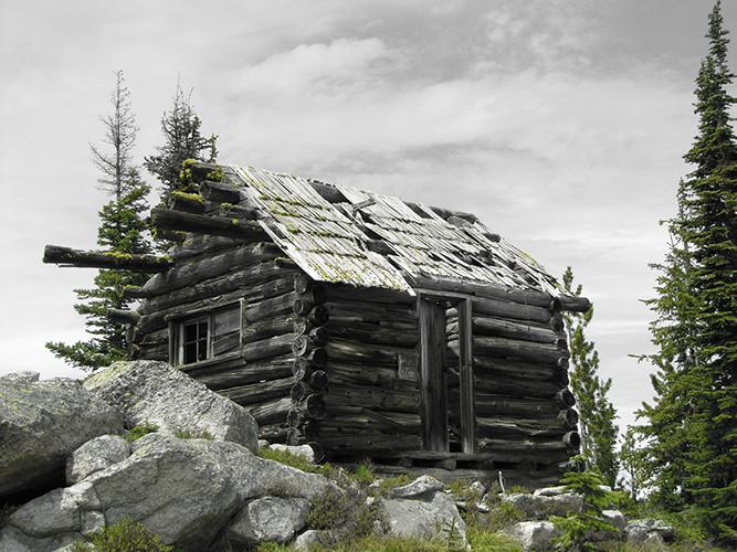Russell Peak cabin