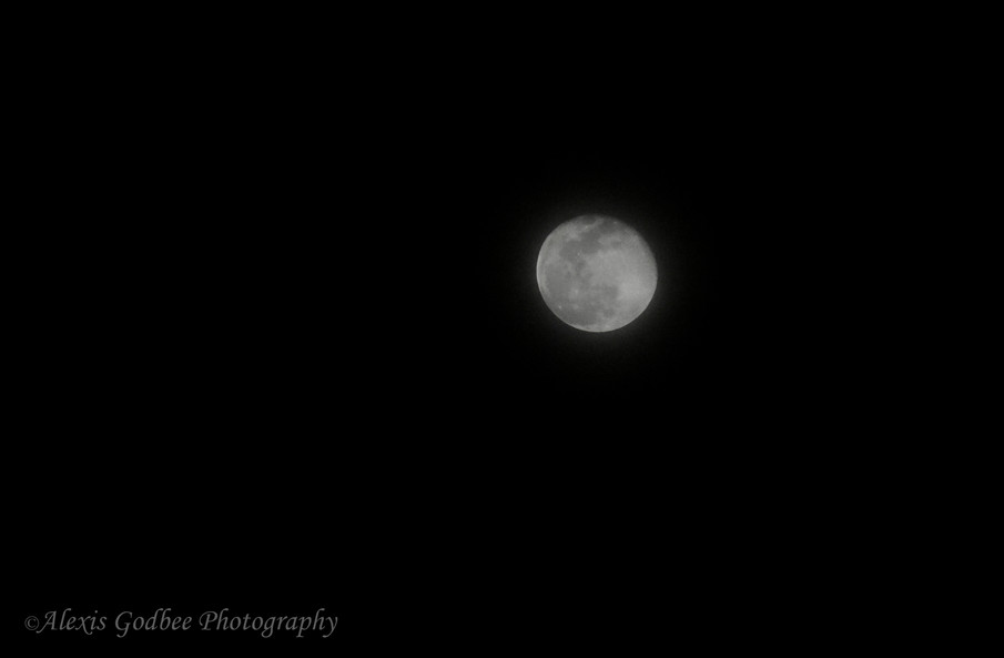 Moon Edit