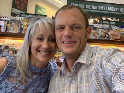 Jodie and JJ Selfie at Barnes & Noble