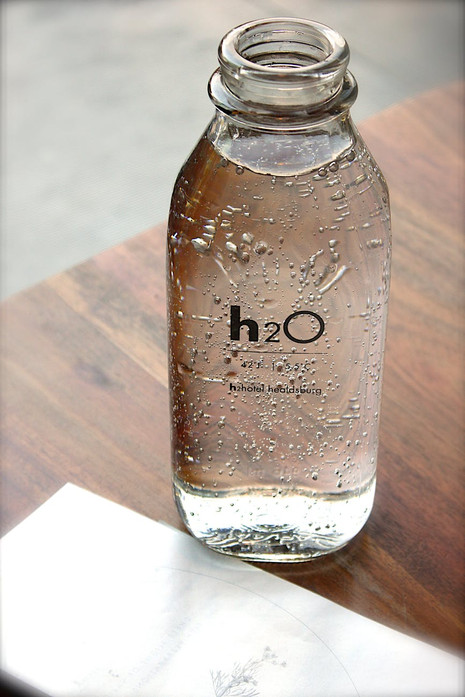 5 ideas about how to get rid of plastic bottle in the office