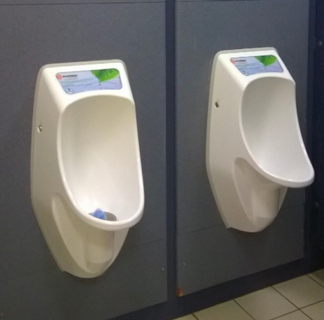 Leeds Beckett University -              URIMAT urinals case study
