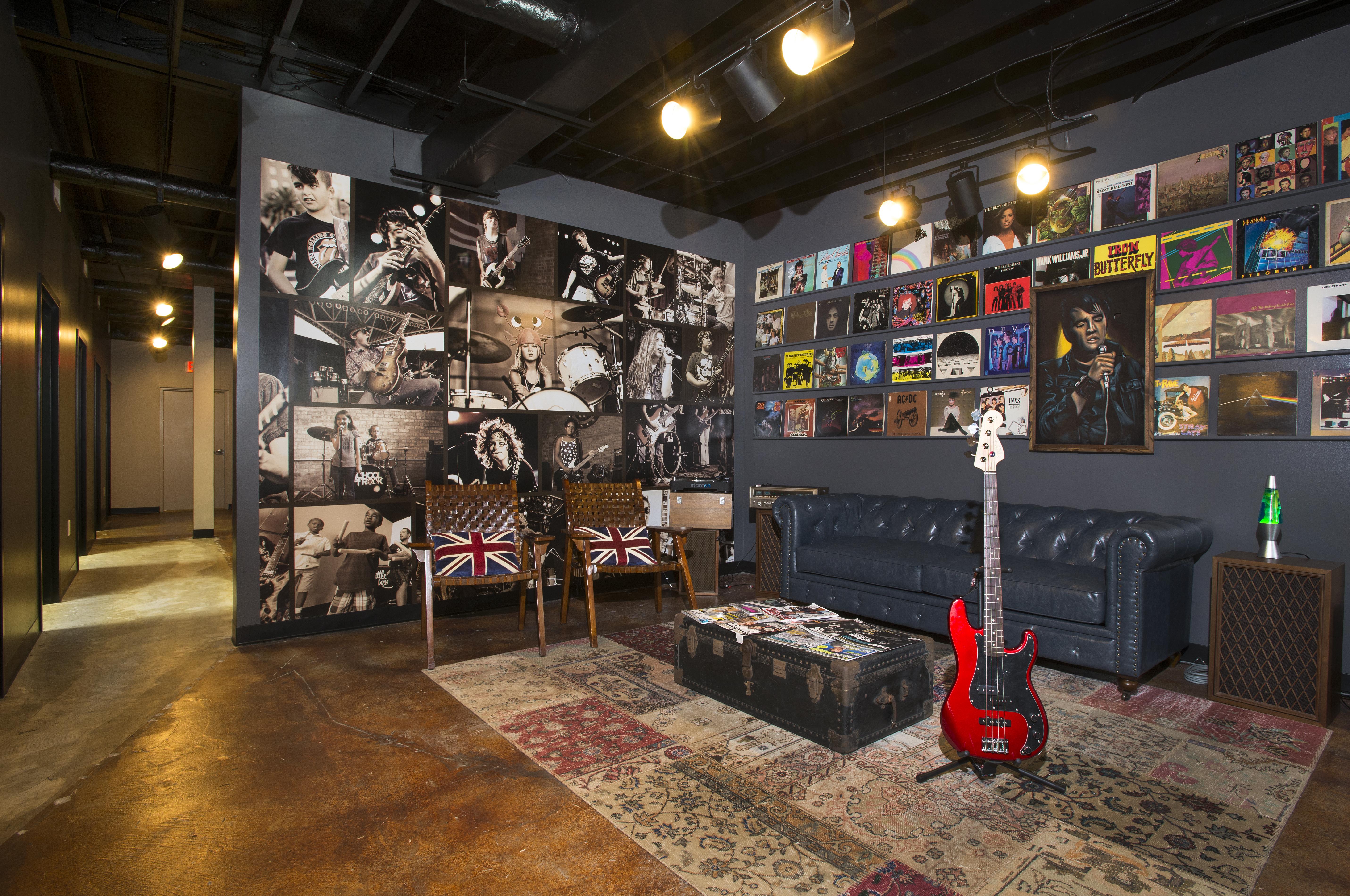 Create+Co : SOR - Rock Lounge