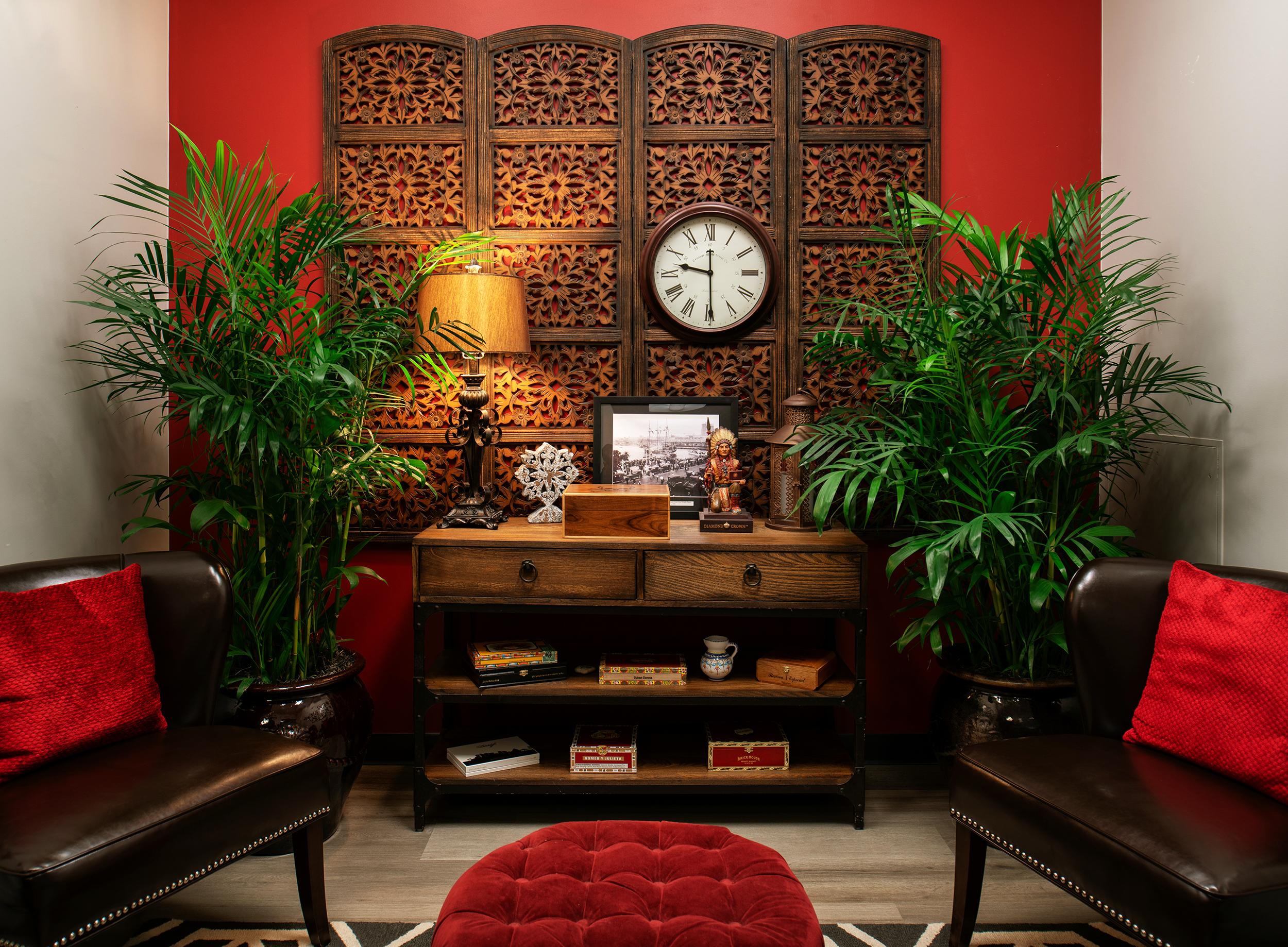 Create+Co : Vaco-Ybor Meeting Room