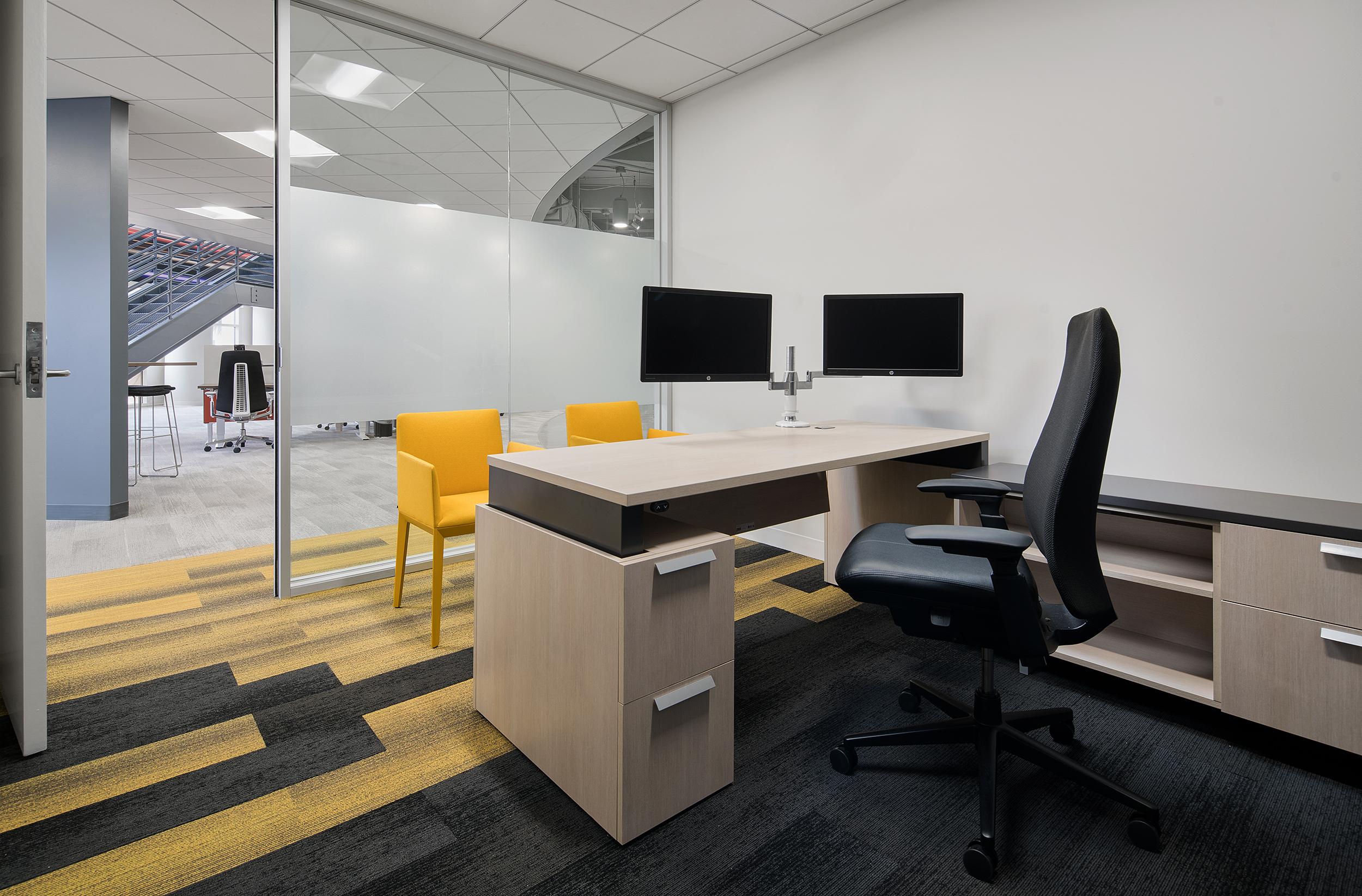 Create+Co : Autoweb-Private Office