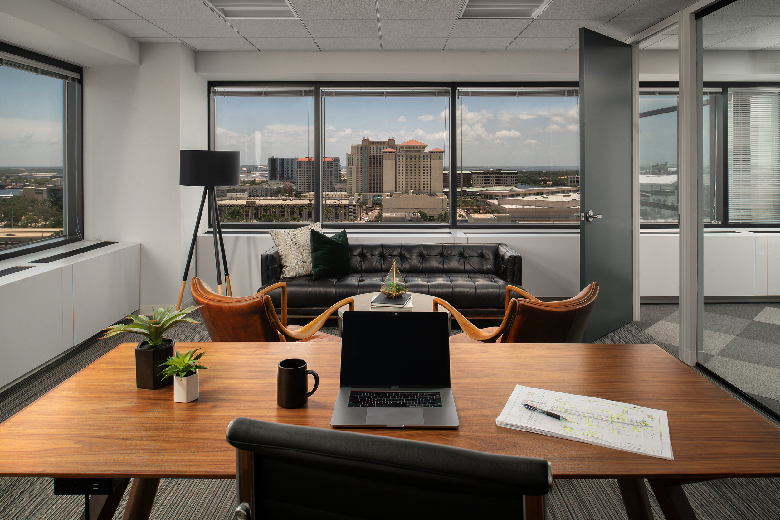 Create+Co : Wade Trim - Office