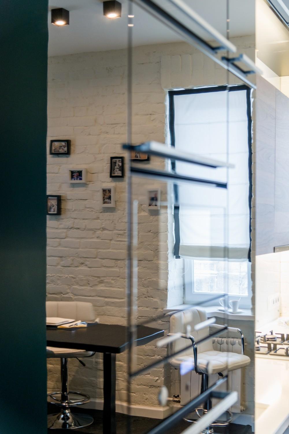 кухня белый кирпич.jpg