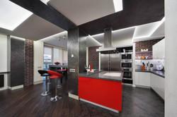 кухонный гарнитур красного цвета.jpg