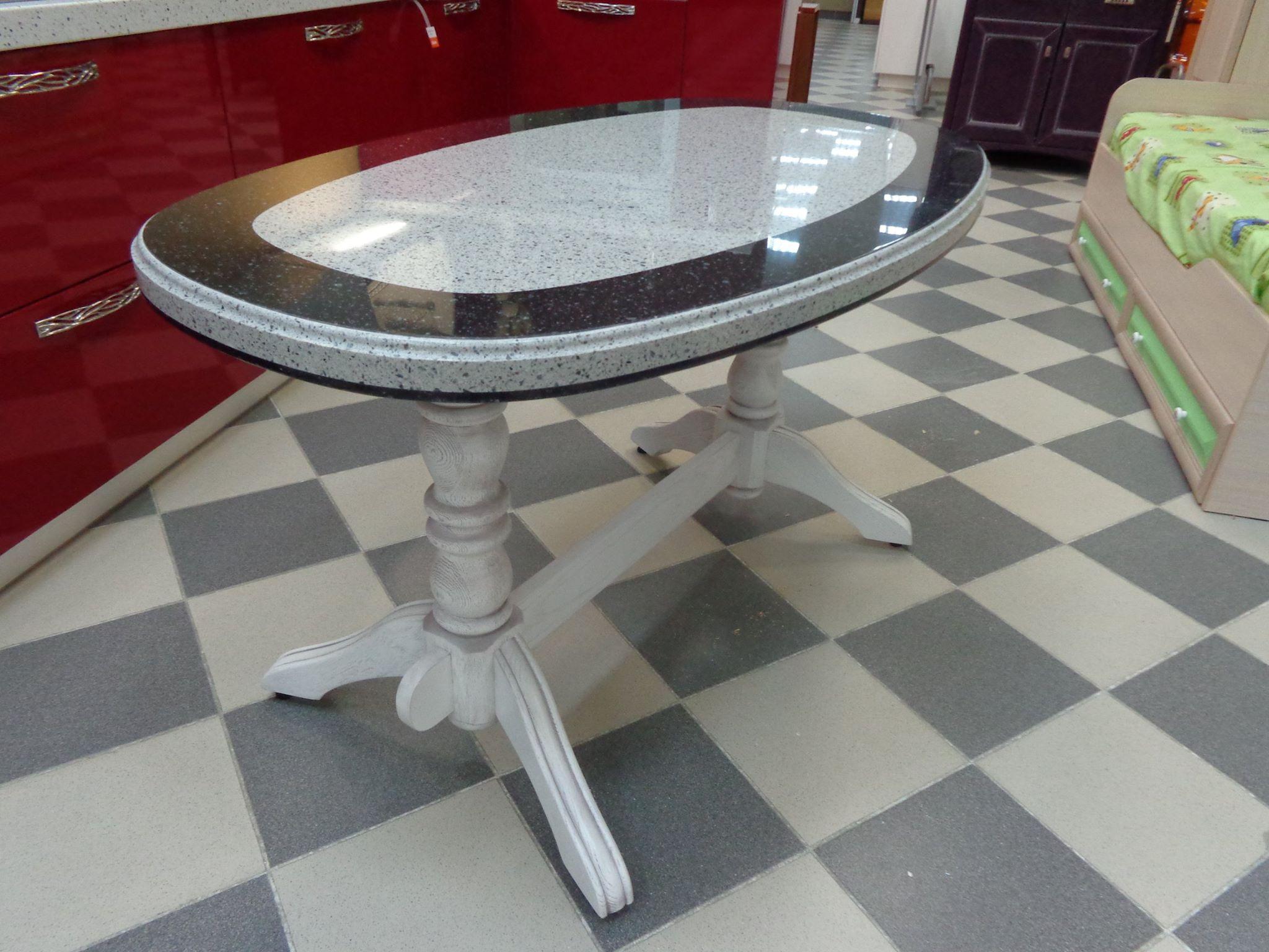 стол из искусственного камня.jpg