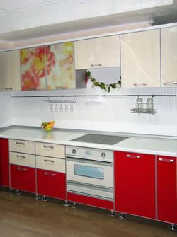 фото кухни красного цвета