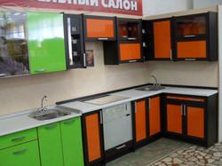 кухня в салоне