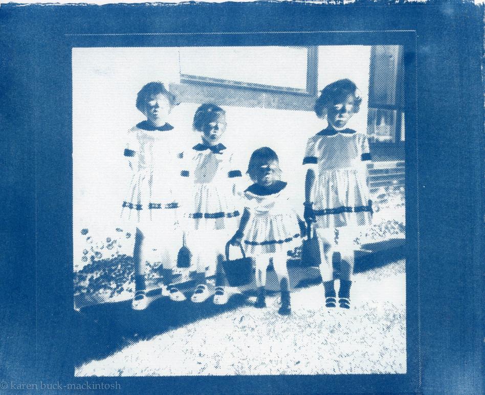 Cyan Sisters 1