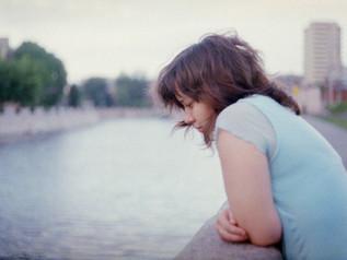¿Por qué sufrimos? Detectando pensamientos irracionales