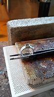 witgouden ring solderen vierkante carré zetkast