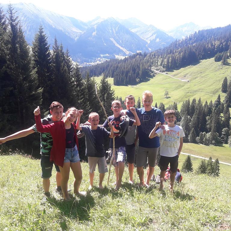 Wildnis-Kurs für Kinder - Sommerferien auf der Hütte